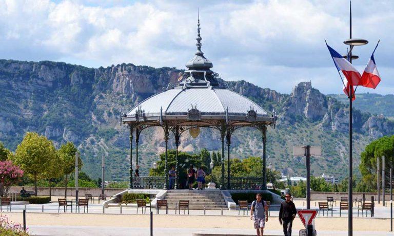 Kiosk Valence
